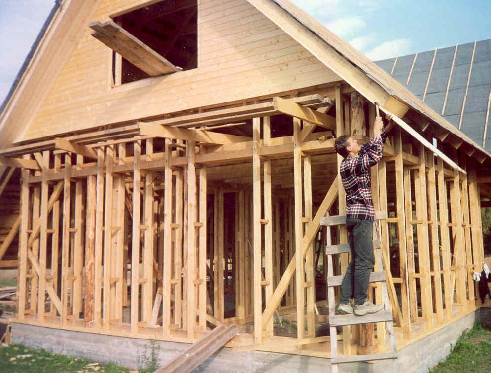 В нашей компании вы можете заказать строительство дома или бани по каркасно-щитовой технологии.