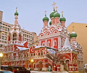 ...эталон московского узорочья середины XVII века, выстроенный ярославскими купцами в Китай-городе (в той его.