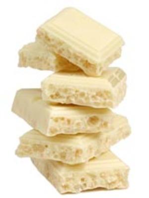 белый пористый шоколад фото