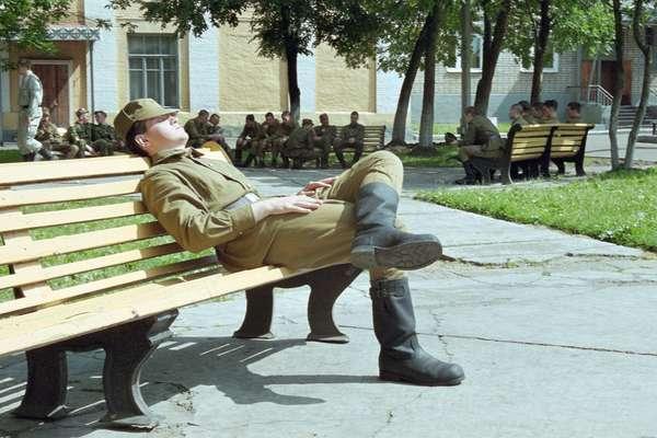 Есть ли отпуск у солдат срочников может вырасти