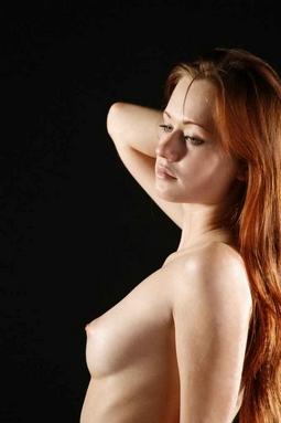 Полуголая Красотка Купается В Бурлящем Джакузи Порно И Секс Фото С Молоденькими