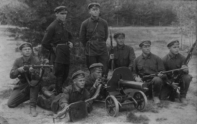 kak-v-chechne-lovyat-zamuzhnih-blyadey-foto-poddelka-n-vetlitskaya