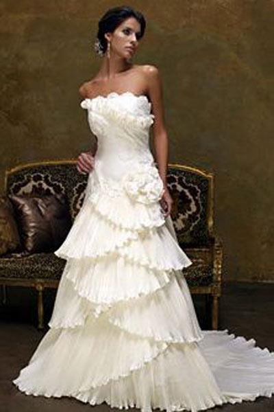 Свадебное платье. Copyright Интернет магазин модных платьев ModnyePlatya.com Все права защищены