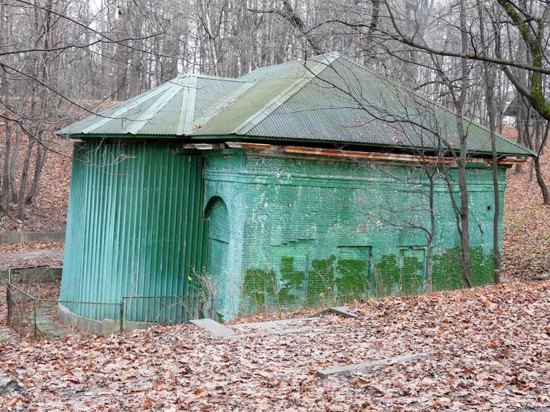 Ванный домик в Нескучном саду.