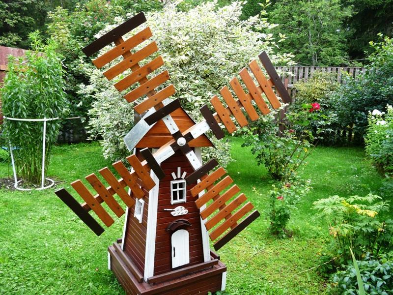 Как сделать ветровую мельницу для дачи
