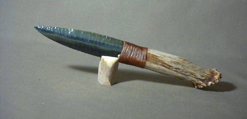 Нож из камня видео