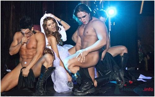 striptizer-dlya-nevesti-porno-smotret
